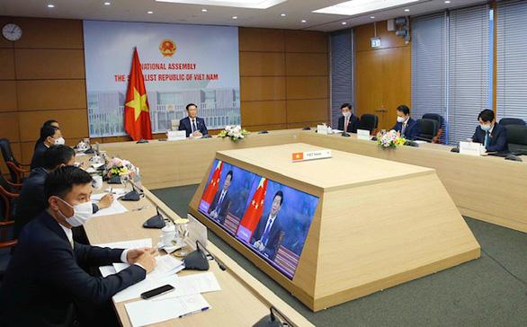 Chủ tịch Quốc hội Vương Đình Huệ đề nghị Trung Quốc tăng nhập hàng hóa Việt Nam - Ảnh 2.