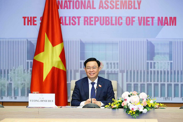 Chủ tịch Quốc hội Vương Đình Huệ đề nghị Trung Quốc tăng nhập hàng hóa Việt Nam - Ảnh 1.