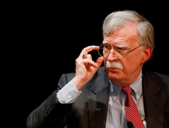 Bộ Tư pháp Mỹ khép lại điều tra về hồi ký cựu cố vấn an ninh Mỹ John Bolton - Ảnh 1.