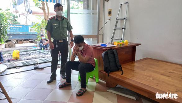 Đà Nẵng: Khởi tố 4 giám đốc doanh nghiệp tiếp tay chuyên gia 'rởm' nhập cảnh trái phép - Ảnh 2.