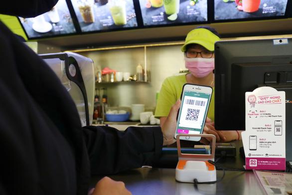 Ví MoMo cho ra mắt dịch vụ mới, ưu đãi thiết thực hỗ trợ người dùng Việt trong mùa COVID - Ảnh 1.