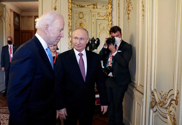 پوتین به بایدن تعارف بالدار داد - عکس 2.