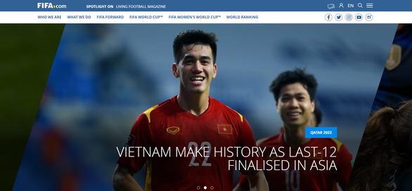 Việt Nam trở thành vedette trên trang chủ FIFA - Ảnh 1.