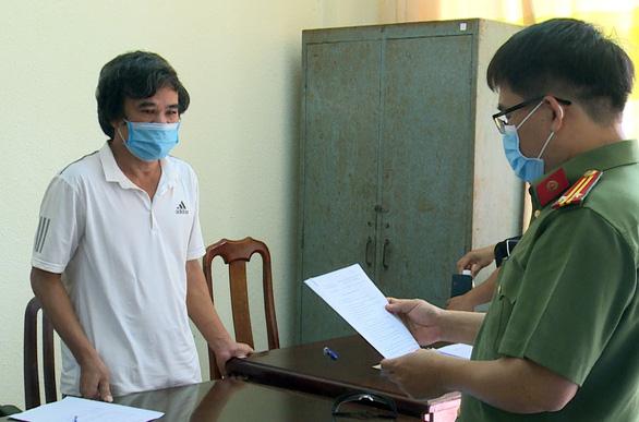 Khởi tố 3 người dùng sà lan đưa người từ Campuchia về trái phép - Ảnh 2.