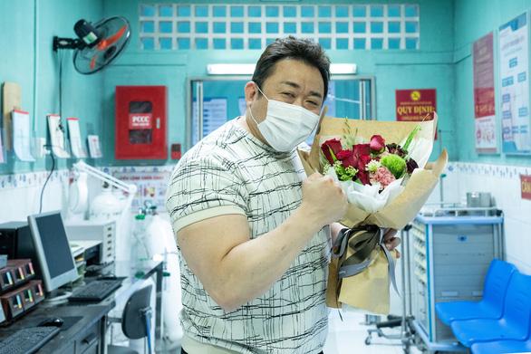 Bệnh viện Việt Nam lên phim của Ma Dong Seok, Khoa Pug bị chỉ trích khi review mộ Chí Tài - Ảnh 4.