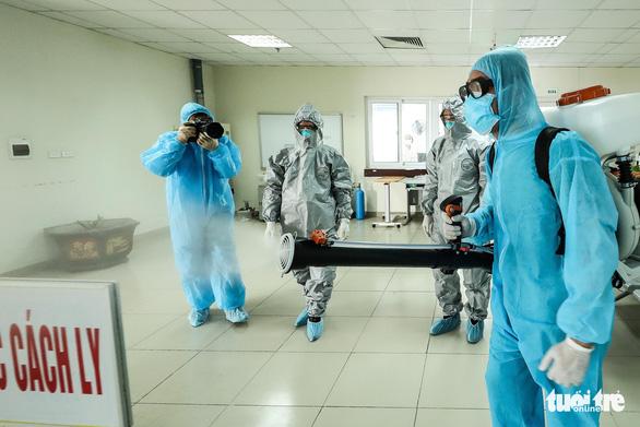 Sự cố phóng viên tác nghiệp tại Bệnh viện điều trị COVID-19 Cần Giờ - Ảnh 1.