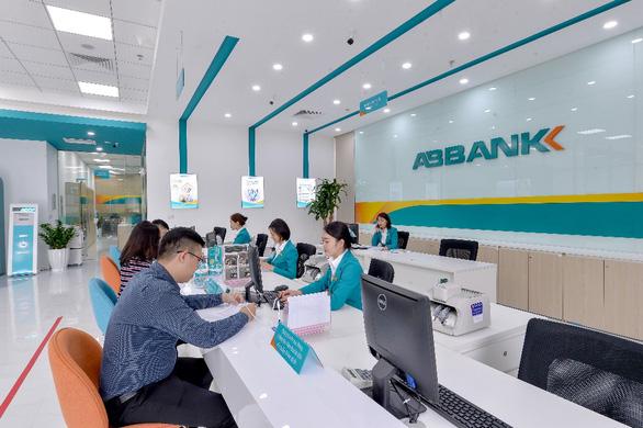 Trải nghiệm dịch vụ khách hàng thân thiện tại ABBANK - Ảnh 2.
