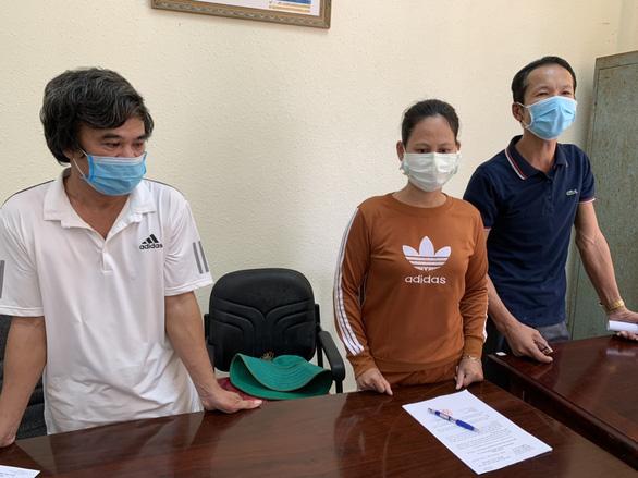 Khởi tố 3 người dùng sà lan đưa người từ Campuchia về trái phép - Ảnh 1.