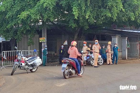 Đồng Nai: Vợ ca nghi nhiễm làm việc tại Công ty Pousung, hơn 18.400 công nhân được cho nghỉ - Ảnh 2.