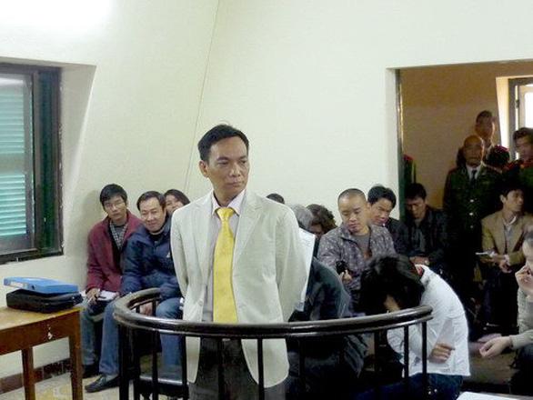 NÓNG: Bộ Công an bắt con rể cựu chủ tịch vụ 43ha đất vàng tại Bình Dương - Ảnh 1.