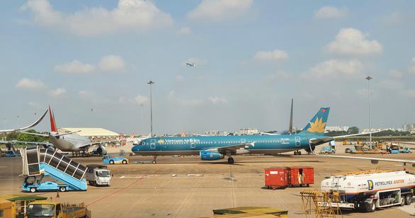 Cảnh giác chiêu lừa bán vé chuyến bay thuê chuyến quốc tế về Việt Nam - Ảnh 1.