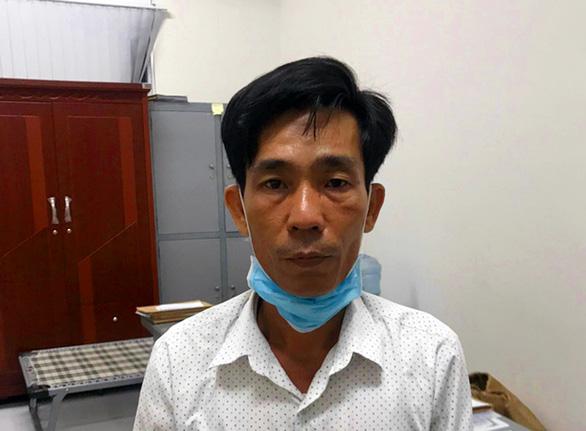 Khởi tố người dùng thẻ công vụ đặc biệt để gặp 5 người Trung Quốc đang cách ly - Ảnh 2.