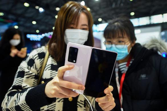 Hệ điều hành Huawei sẽ chạy trên nhiều smartphone ở châu Á - Ảnh 1.