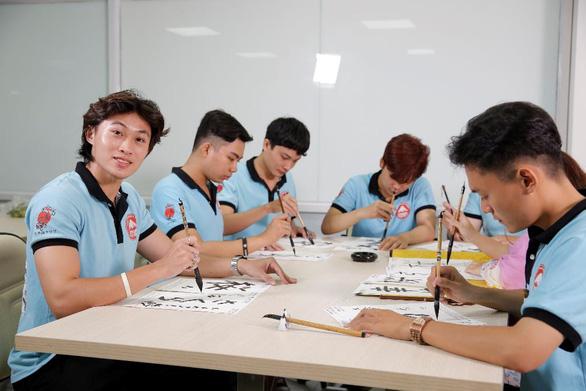 Tự tin khẳng định bản thân trong doanh nghiệp Nhật - Ảnh 3.