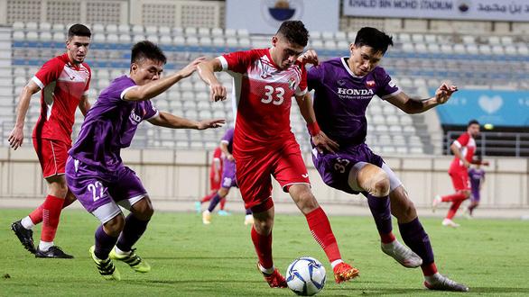 Giao hữu Việt Nam - Jordan 1-1: Thu hoạch bổ ích cho ông Park - Ảnh 1.