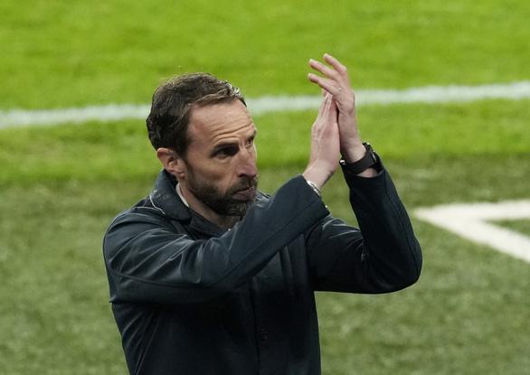 HLV Southgate khiến tuyển Anh rối rắm - Ảnh 1.