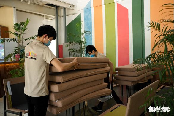 Đà Nẵng: Hàng quán mới mở mấy ngày lại phải đóng cửa vì dịch - Ảnh 1.
