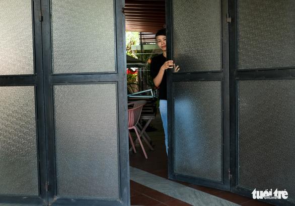 Đà Nẵng: Hàng quán mới mở mấy ngày lại phải đóng cửa vì dịch - Ảnh 4.