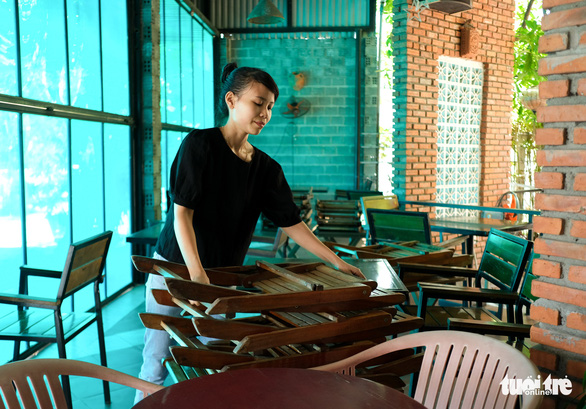 Đà Nẵng: Hàng quán mới mở mấy ngày lại phải đóng cửa vì dịch - Ảnh 5.