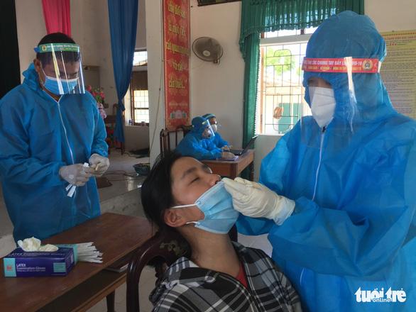 Em bé 3 tuổi ở Hà Tĩnh mắc COVID-19 - Ảnh 1.