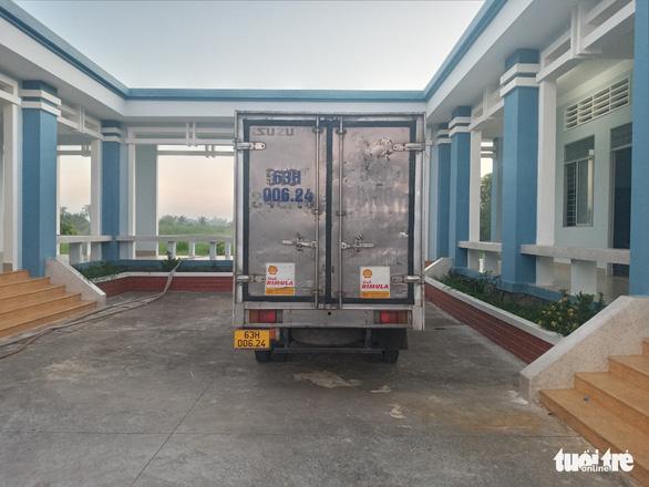 Dùng xe tải chở xe cọp từ TP.HCM đến Tiền Giang để đua xe trái phép - Ảnh 3.