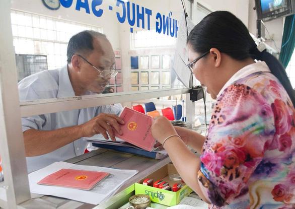 TP.HCM đề nghị bổ sung nhiều biên chế công chức phường - Ảnh 1.