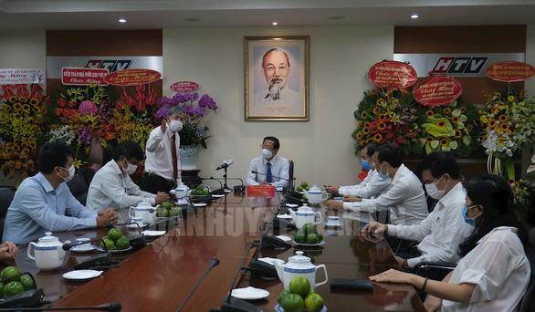 Bí thư Thành ủy TP.HCM Nguyễn Văn Nên: Người làm báo phải vững tay bút, tay máy - Ảnh 2.