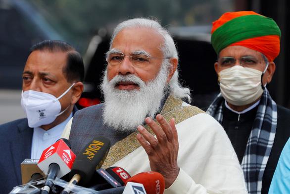 Thủ tướng Ấn Độ ca ngợi yoga trong điều trị COVID-19 - Ảnh 1.