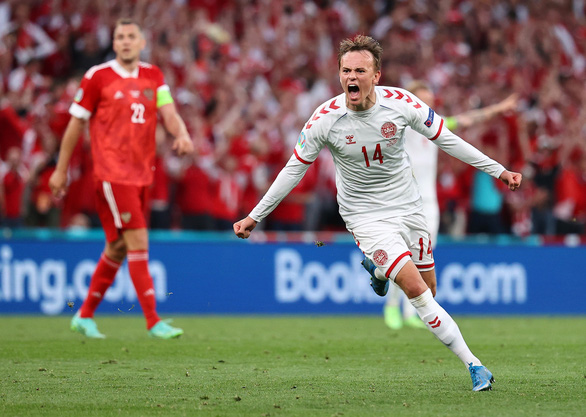 Đan Mạch lách qua khe cửa cực hẹp cùng Bỉ đi tiếp ở Euro 2020 - Ảnh 1.