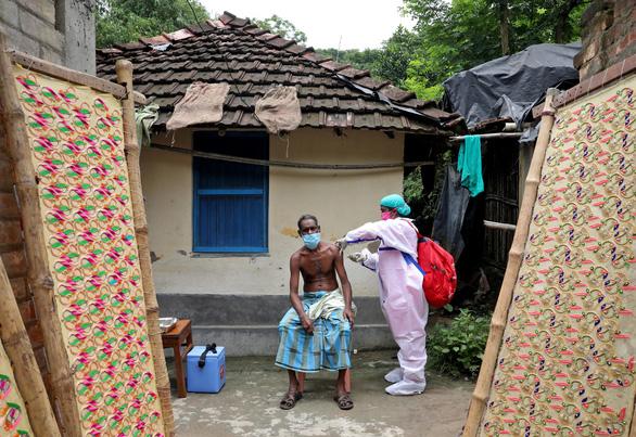 Ấn Độ tiêm 7,8 triệu liều vắc xin trong một ngày - Ảnh 1.
