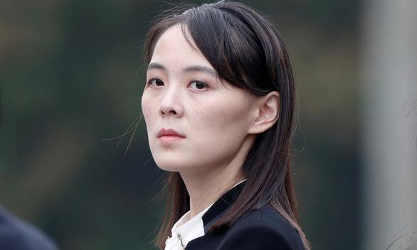 Em gái ông Kim Jong Un chỉnh cách suy diễn sai lầm của Mỹ - Ảnh 1.
