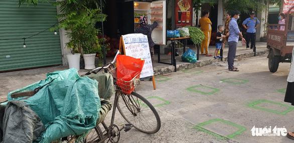 Thương sao cái tủ lạnh cộng đồng ở Sài Gòn - Ảnh 3.