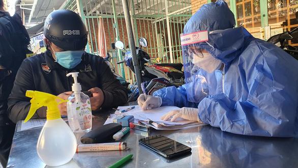 Giáp TP.HCM, Đồng Nai yêu cầu các chốt kiểm soát chặt chẽ vùng giáp ranh - Ảnh 3.