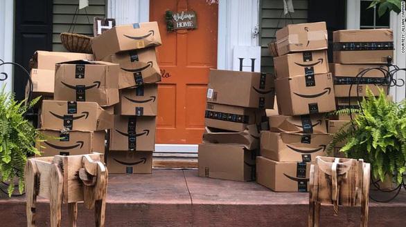 Kho hàng Amazon tiêu hủy hàng triệu mặt hàng mỗi năm, kể cả iPad - Ảnh 1.