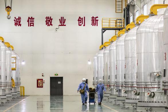 Mỹ cấm giao thương cùng 5 doanh nghiệp Trung Quốc vì Tân Cương - Ảnh 1.