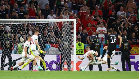 Pháp, Đức và Bồ Đào Nha đi tiếp ở bảng F - Ảnh 6.