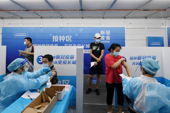 Trung Quốc nâng mục tiêu miễn dịch cộng đồng lên 80 - 85% dân số - Ảnh 1.