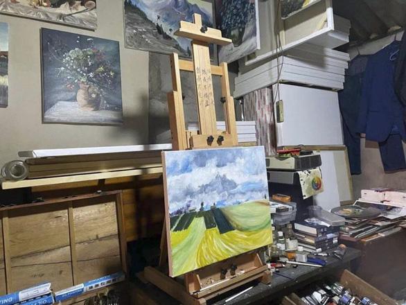 Từ người gom rác thành Van Gogh của Trung Quốc - Ảnh 2.
