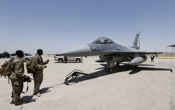 Mỹ thông qua thỏa thuận bán chiến đấu cơ, tên lửa cho Philippines - Ảnh 1.