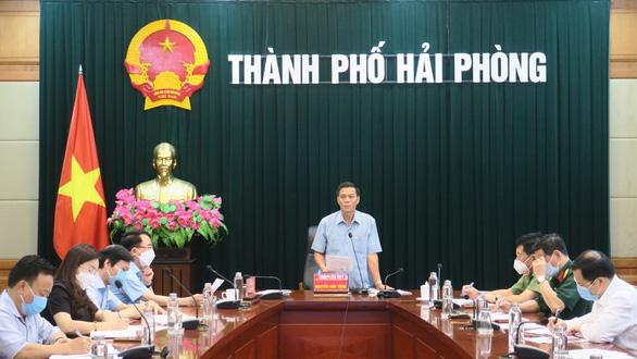 Chủ tịch Hải Phòng yêu cầu thực hiện giãn cách xã hội theo Chỉ thị 16 toàn huyện Vĩnh Bảo - Ảnh 1.