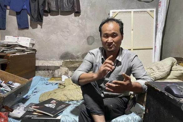 Từ người gom rác thành Van Gogh của Trung Quốc - Ảnh 1.
