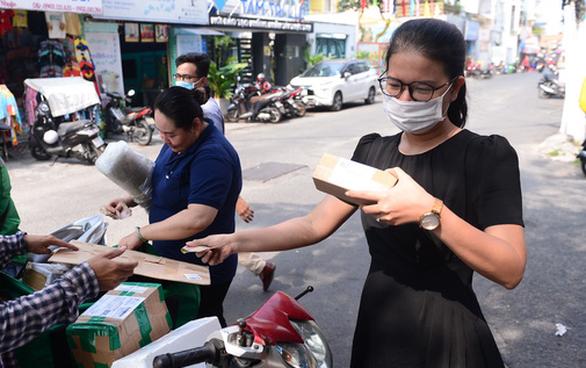 Hãng vận chuyến quốc tế tăng chuyến bay riêng đến Việt Nam vì thương mại điện tử bùng nổ - Ảnh 1.