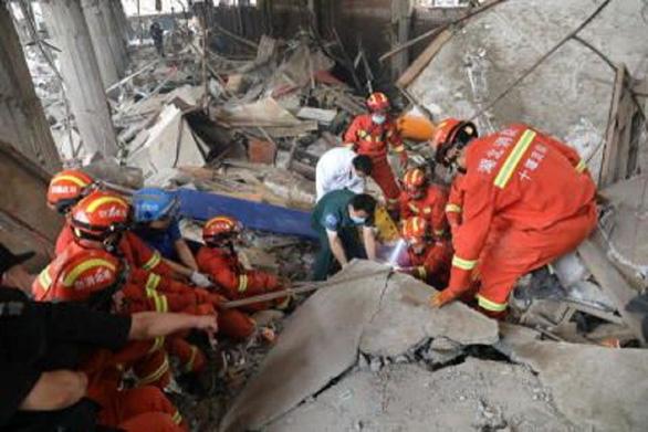 Cháy trung tâm võ thuật Trung Quốc, hơn 30 người thương vong - Ảnh 1.