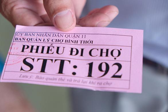Đi chợ với thẻ xanh, thẻ hồng - Ảnh 3.