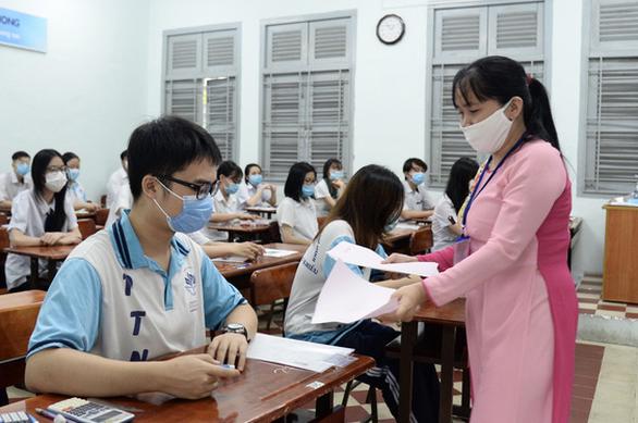 Bộ GD-ĐT: 63 tỉnh, thành tổ chức thi tốt nghiệp THPT đợt 1 cùng ngày - Ảnh 1.