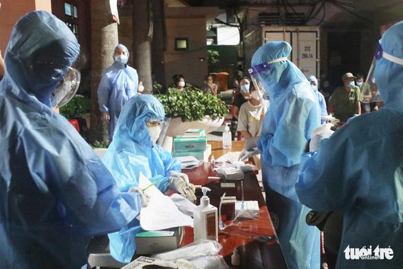 Diễn biến dịch ngày 26-6: Lâm Đồng tạm dừng thêm một số dịch vụ, Hải Phòng xét nghiệm 20.000 người - Ảnh 6.