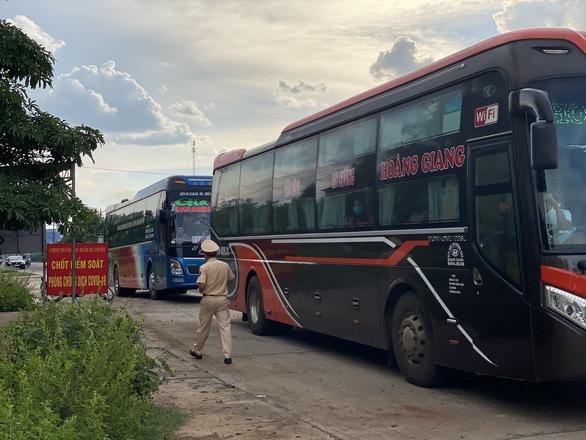 Ca test nhanh nghi COVID-19 tại Đắk Lắk là công nhân từ TP.HCM về - Ảnh 2.