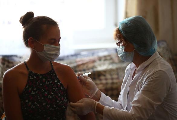 Nga: Biến thể Delta làm tăng số ca mắc COVID-19 mới - Ảnh 1.