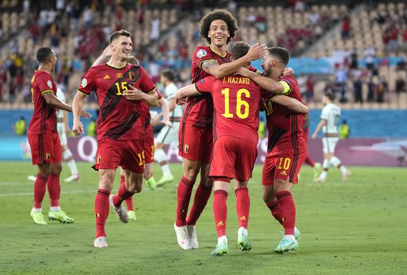 Bỉ biến Bồ Đào nha thành cựu vô địch Euro - Ảnh 1.