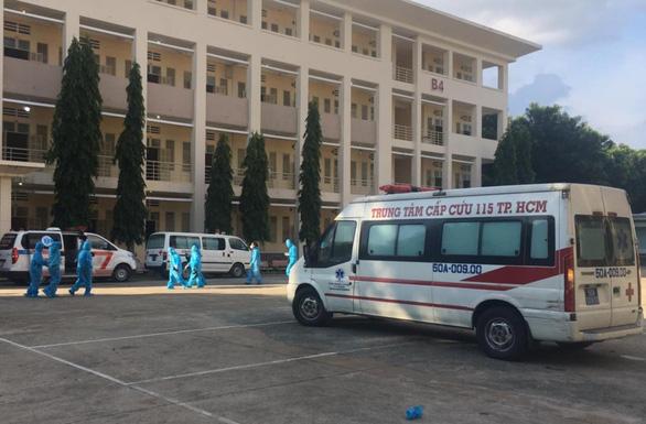 TP.HCM: Bệnh viện dã chiến 1.000 giường điều trị COVID-19 đi vào hoạt động - Ảnh 1.